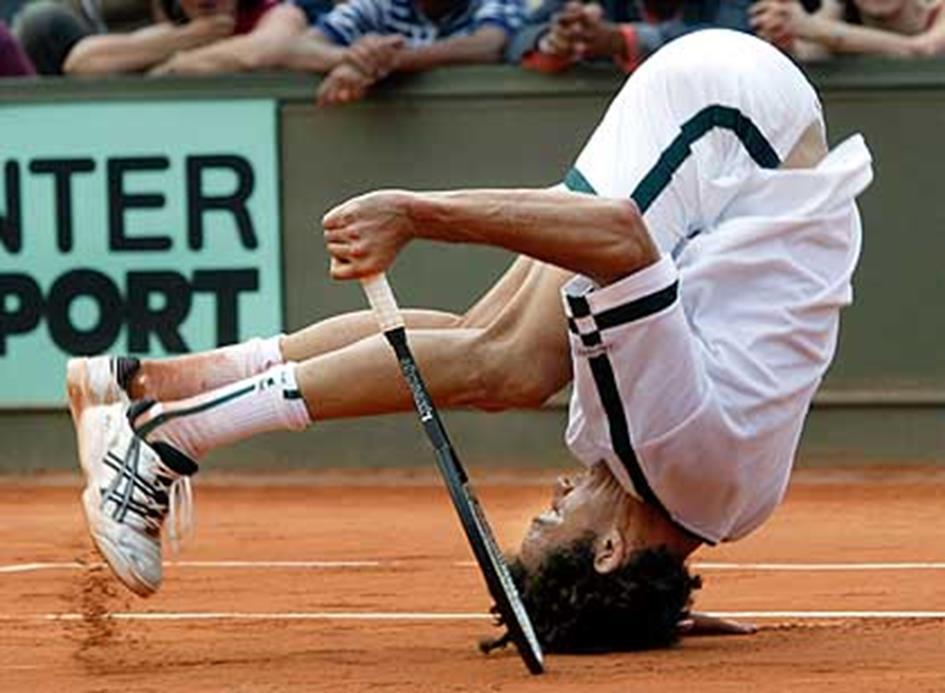 Tennis Funny Wallpaper_04.jpg